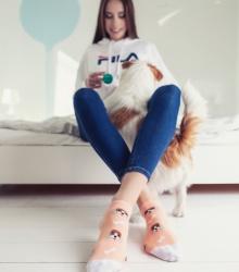 Kolorowe stopki - Hau