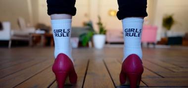 Jak wybrać skarpetki damskie?